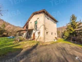 Foto - Terratetto unifamiliare 330 mq, da ristrutturare, Marano sul Panaro