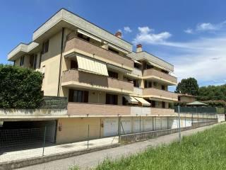 Foto - Trilocale via San Giovanni Bosco, Truccazzano