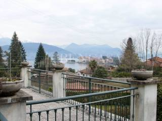 Foto - Villa unifamiliare via San Martino e Solferino 12, Stresa