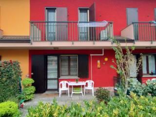 Foto - Villa a schiera 5 locali, buono stato, Retegno, Fombio