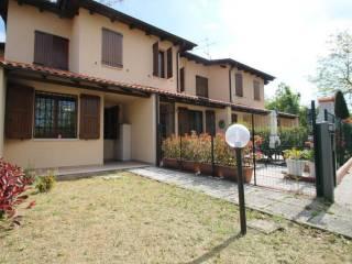 Foto - Villa a schiera via Zocchetta Vecchia, Zocca
