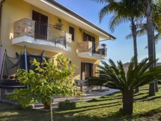 Foto - Villa unifamiliare via Regina Elena 68, Piedimonte Etneo