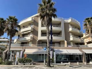 Foto - Apartamento T2 Lungomare Guglielmo Marconi, Lungomare Marconi, Alba Adriatica