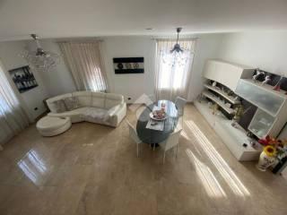 Foto - Villa unifamiliare, ottimo stato, 245 mq, Mainetto, Serra Riccò
