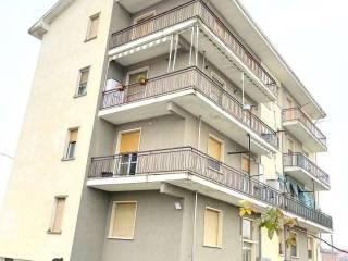 Foto - Trilocale buono stato, terzo piano, Castelnuovo Bormida