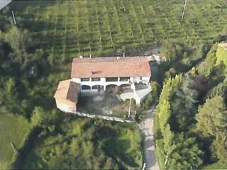Foto - Rustico, da ristrutturare, 700 mq, Borgonato, Corte Franca