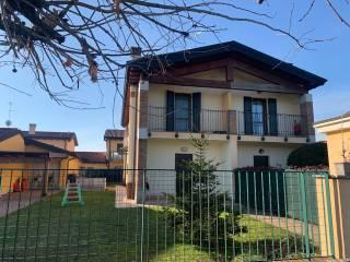 Foto - Villa bifamiliare via Mario Biazzi, Castelverde