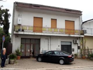Foto - Terratetto unifamiliare 300 mq, Dugenta
