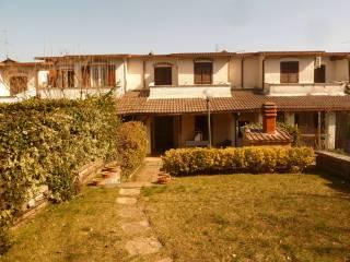 Foto - Villa a schiera viale Bonifacio Graziani, Località Casaletto, Rocca di Botte