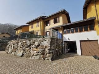 Foto - Villa a schiera via Nuova, Lasnigo