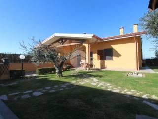 Foto - Villa plurifamiliare via Giovanni Bocaccio 8, Nerola