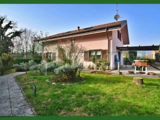 Foto - Villa unifamiliare via Maccana, Azzate