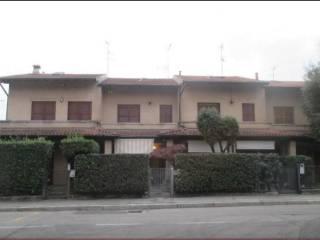Foto - Villetta a schiera all'asta via per Intimiano 33, Cantù