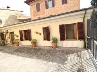 Photo - 4-room flat Strada di Certosa, Fuori Porta Romana, Siena