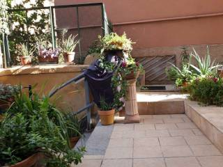 Foto - Appartamento via Giuseppe Macaggi, Quadrilatero, Genova