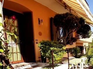 Foto - Villa a schiera 4 locali, ottimo stato, Cernobbio