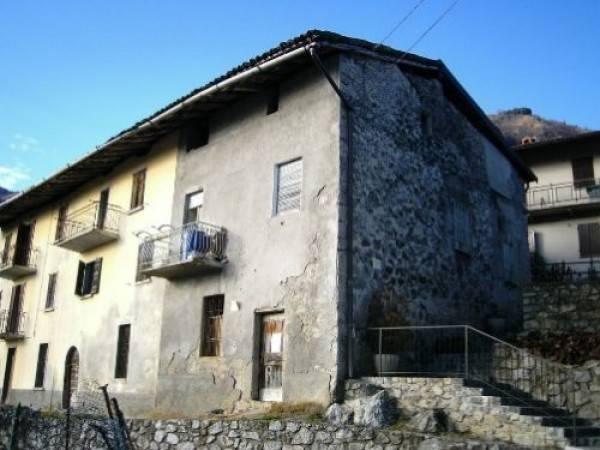 foto  Detached house via Cav  Antonio Dentella 9, Bracca