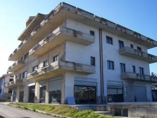 Palazzo / Stabile Vendita Colledara