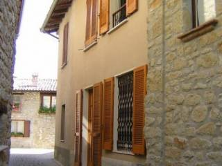 Foto - Villetta a schiera località Monte 12, Monte, Val di Nizza