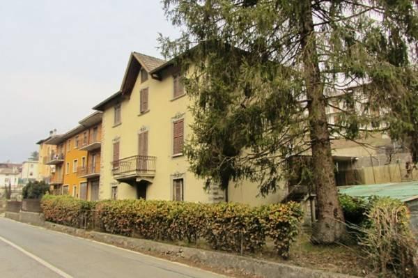 foto  Building via Vittorio Veneto 71, Sant'Omobono Terme