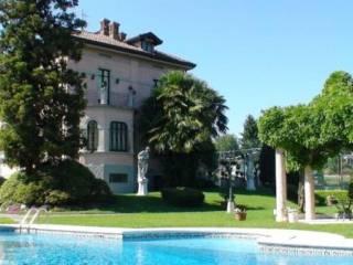Foto - Palazzo / Stabile via Repubblica, 1, Ternate