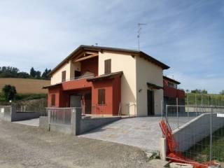 Foto - Villetta a schiera via Bolognese, Monteombraro, Zocca