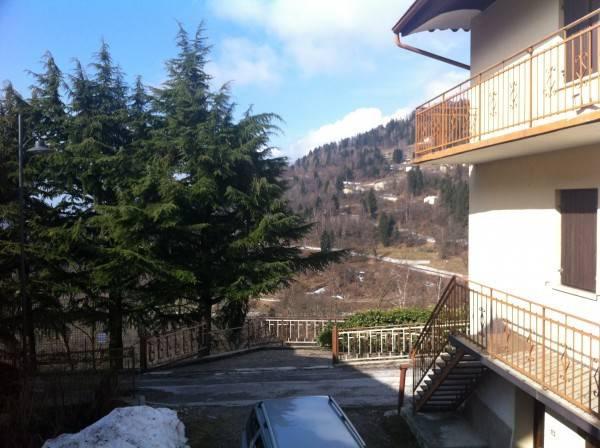 foto vista Quadrilocale via Castello, Bieno