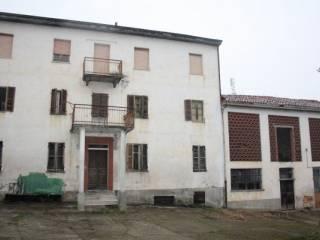 Foto - Rustico / Casale, da ristrutturare, 310 mq, Azzano D'Asti