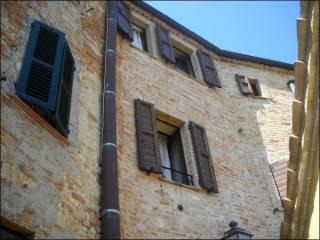 Foto - Quadrilocale via Giacomo Leopardi 22, Crocerossa, Montedinove