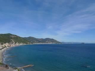 Foto - Trilocale via Punta Tacuara, Laigueglia
