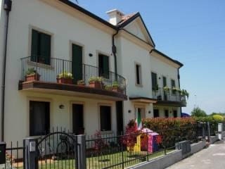 Foto - Trilocale via Carlo Poma 6, Terranegra, Legnago