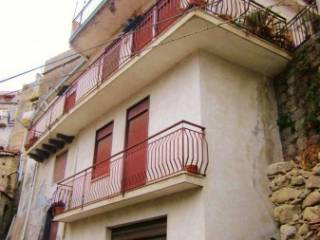 Foto - Palazzo / Stabile via Capitano Maggiore Damino 17, Castiglione Di Sicilia