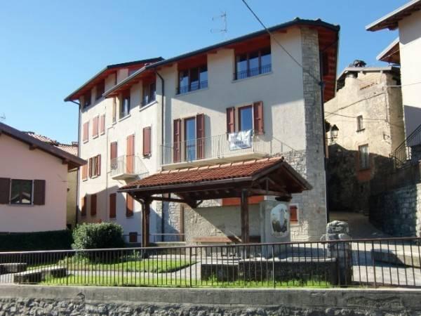 foto  Bilocale via San Valeria, Rezzago
