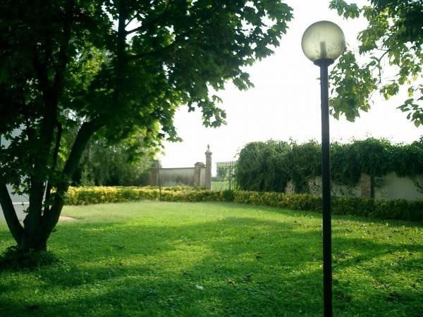 foto  Single family villa viale Europa 118, Parma