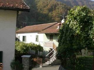 Foto - Casa indipendente frazione Isola 33, Isola, Rovegno