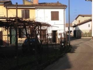 Foto - Villetta a schiera 3 locali, da ristrutturare, Mortizza, Piacenza