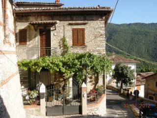 Foto - Casa indipendente via San Giorgio 10, Pereto