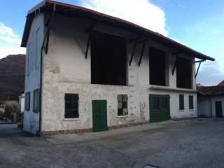 Foto - Rustico / Casale, da ristrutturare, 460 mq, Valmadrera