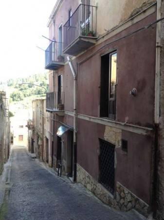 foto  db_typologyV2.id_ via Te  Saladino, Calatafimi-Segesta