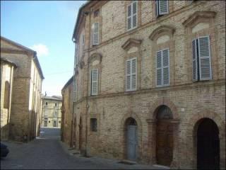 Foto - Palazzo / Stabile tre piani, buono stato, Offida