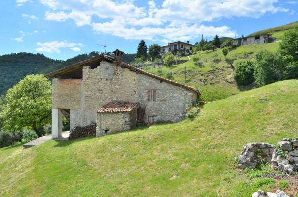 foto  Country house via Squadra Alta 7, Adrara San Martino