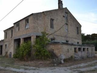Photo - Farmhouse, to be refurbished, 250 sq.m., Moresco