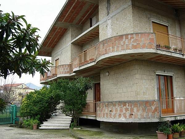 foto  Villa unifamiliare via Giosuè Carducci 6, Telese Terme
