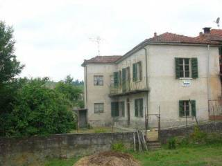 Foto - Casa indipendente via Cesare Pavese, Bubbio