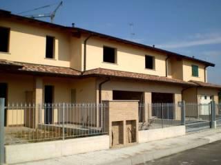 Foto - Villetta a schiera 4 locali, nuova, Pandino