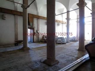 Foto - Palazzo / Stabile tre piani, da ristrutturare, Salorno