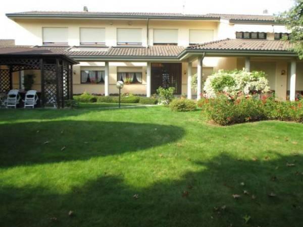 foto  Villa, ottimo stato, 600 mq, Beinette