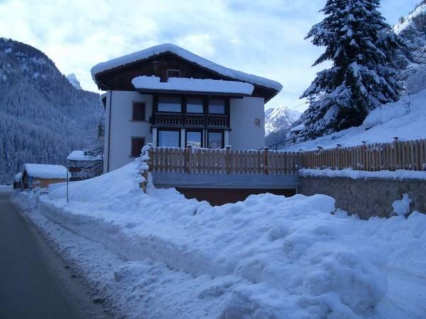 foto  Villa, da ristrutturare, 380 mq, Rocca Pietore
