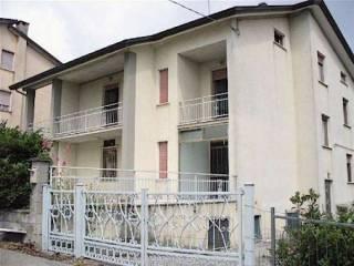 Foto - Palazzo / Stabile via Cristoforo Colombo 25, Bore
