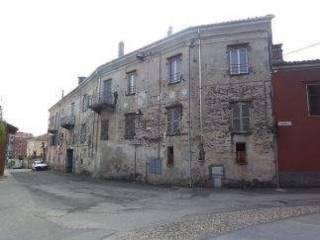 Foto - Palazzo / Stabile tre piani, buono stato, Verzuolo